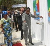 Geste symbolique de l'eau par le président  Denis Sassou Nguesso