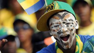 Un supporter de l'équipe du Gabon de football lors de la CAN 2012.AFP PHOTO / FRANCK FIFE