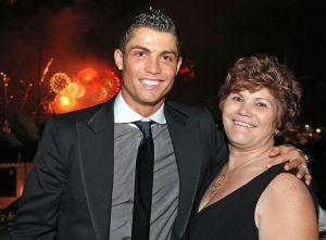 Cristiano Ronaldo et sa mère