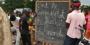 Manifestants à Bobo Dioulasso, vendredi 18 septembre 2015. © Photo Twitter.
