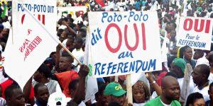Des soutiens au président Denis Sassou Nguesso à Brazzaville au Congo, le 10 octobre. Crédits : Laudes Martial Mbon / AFP